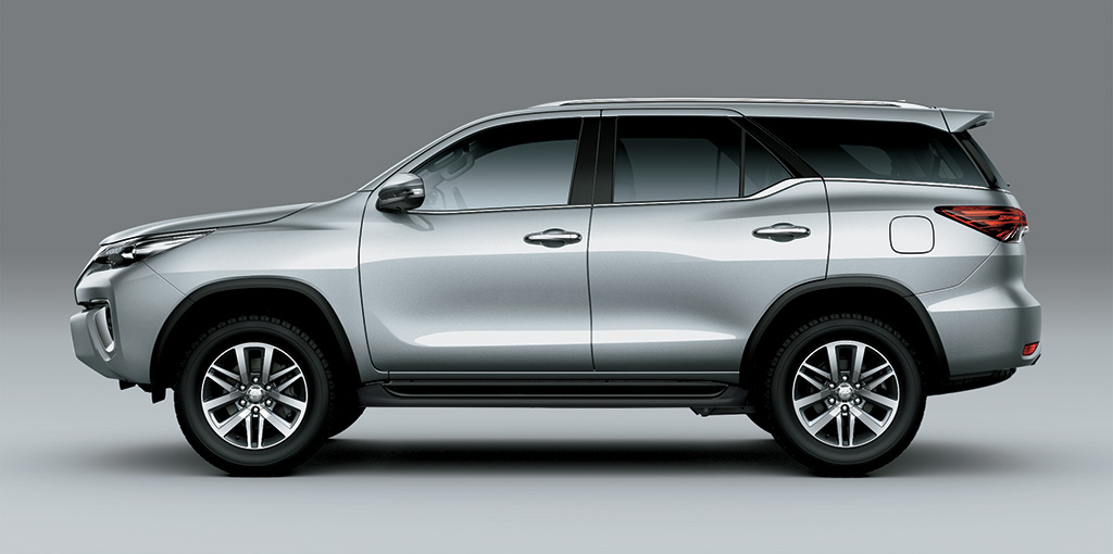 Toyota Fortuner - New Iconic Side Design