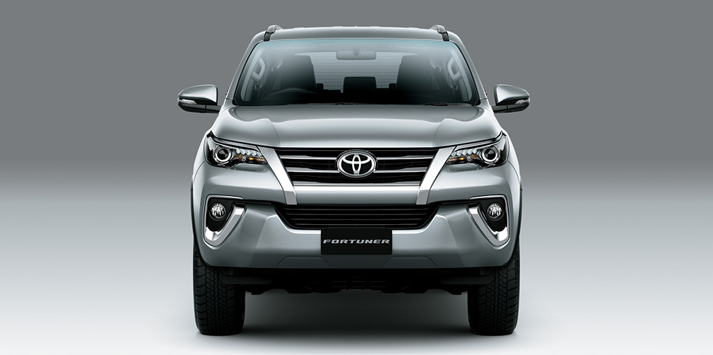 Toyota Fortuner - Radiator Grille