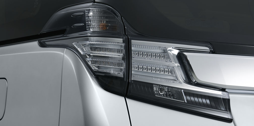 Toyota Vellfire LED Rear Combination Lamps