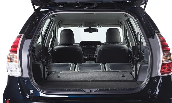 Toyota Prius Hybrid 7 Seater Mpv Fuel Efficient